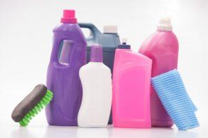 壁カビ除去に有効な洗剤とは?賢いカビ除去の手引き