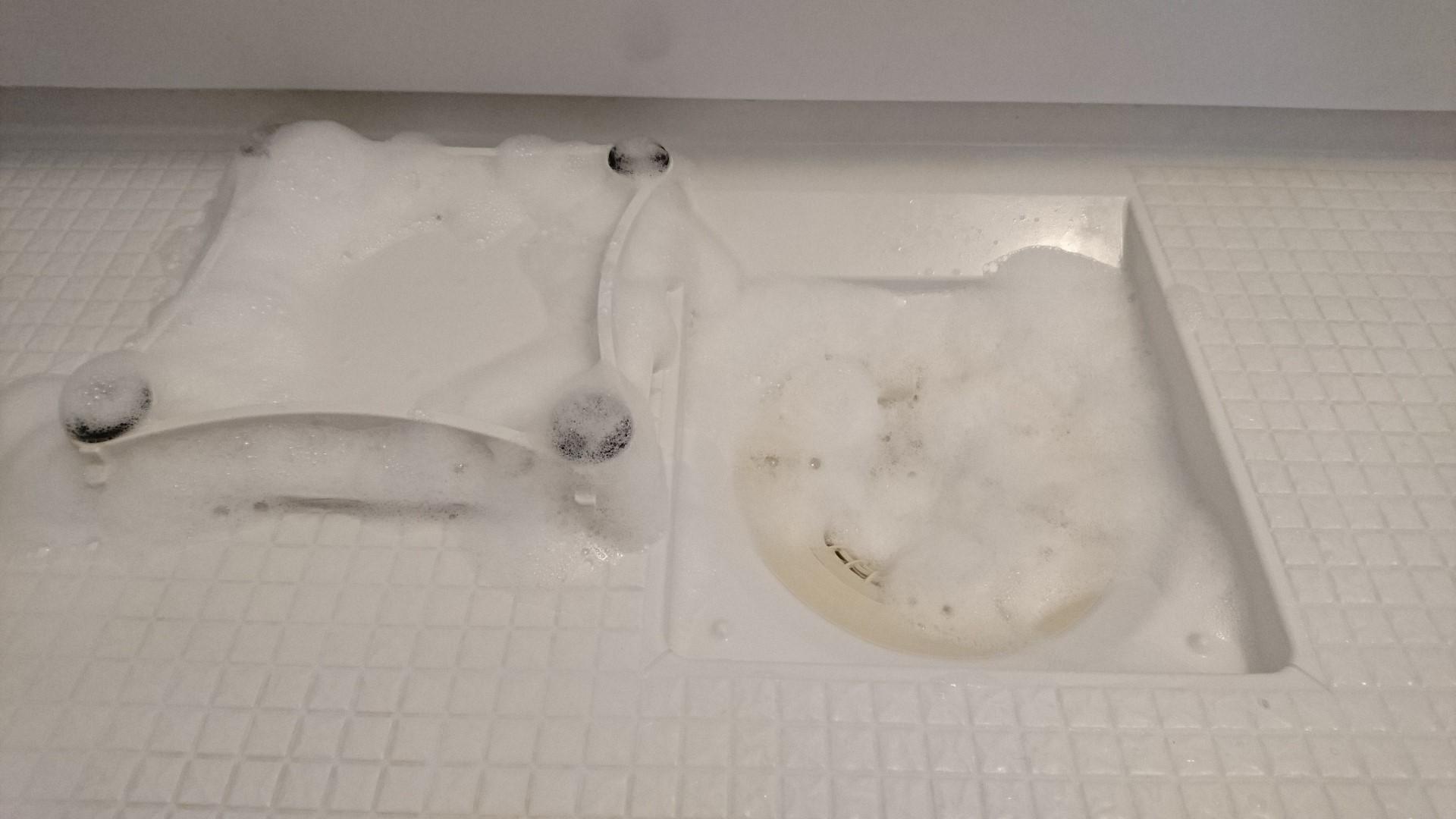 市販のカビ除去剤の特徴と落とし穴
