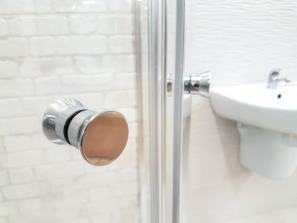 【ドア】溝には竹串や歯ブラシを!